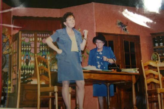 SAISON 1998 - MÜÜL ZU, 'S ZEIGT